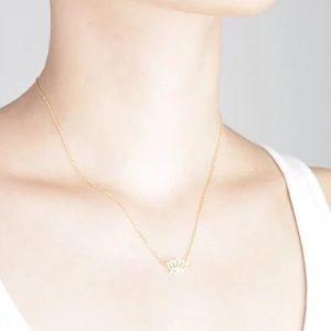 Lotus Pendant  Necklace. SALE, NO OFFERS ❗️